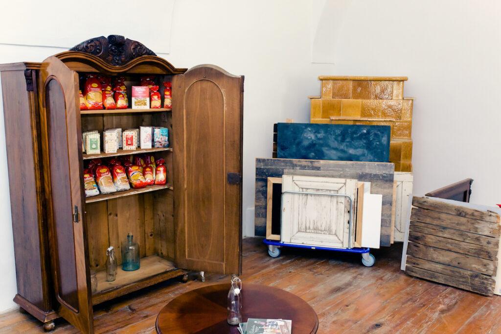 Voll ausgestattetes Fotostudio im SchlossStudio von Verena Pelikan in Ebenthal im Weinviertel