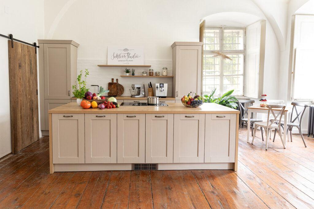 Kochstudio SchlossStudio im Schloss Coburg zu Ebenthal im Weinviertel in unmittelbarer Naehe zu Wien