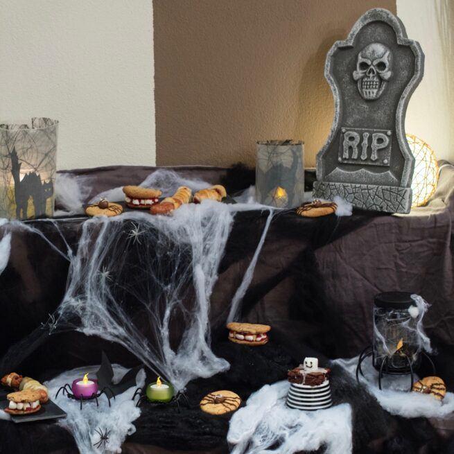 Rezepte fuer Halloween fuer Kinder und Erwachsene beim Halloween Backkurs fuer Muetter und Kinder von Verena Pelikan im Kochstudio SchlossStudio