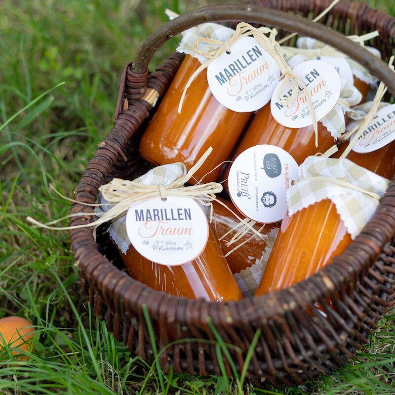 Marillenmarmelade Marillentraum fuer einen Kindertraum fotografiert von Foodfotografin Verena Pelikan