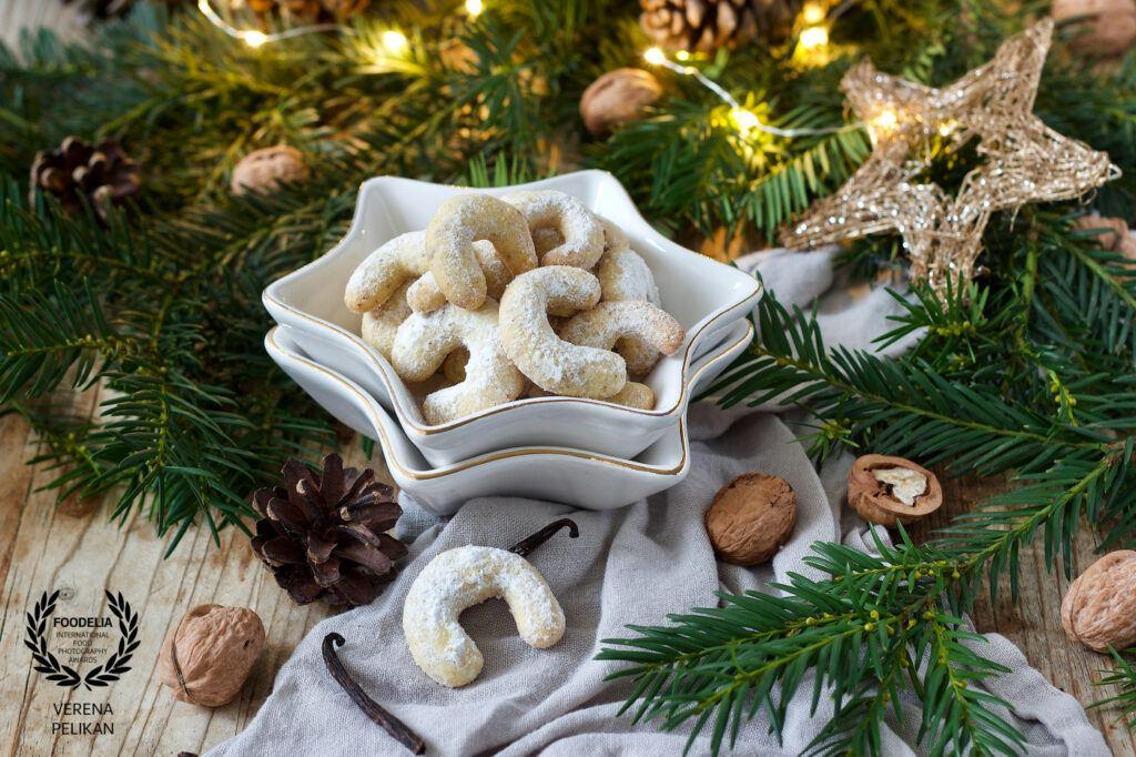 Vanillekipferl Bild von Fotografin Verena Pelikan von Foodelia International Food Photography Award ausgezeichnet