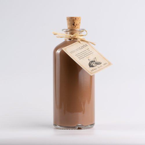Cremiger Schokolikoer der Brennerei Roman Kraus erhaeltlich in der 350ml Flasche in der SchlossManufaktur